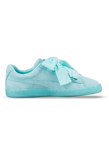 Puma - CARA DELEVIGNE -  SUEDE HEART RESET WOMEN'S TRAINERS - LIGHT BLUE