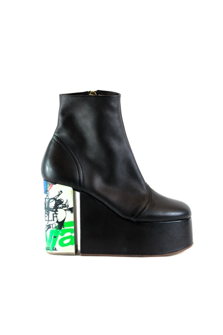 towering ankle boots