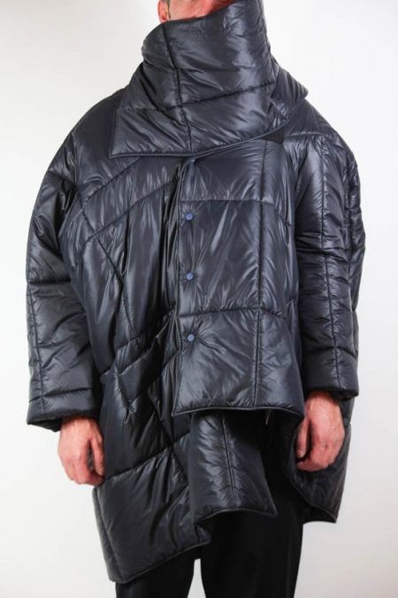 BLACK BLANKET COAT